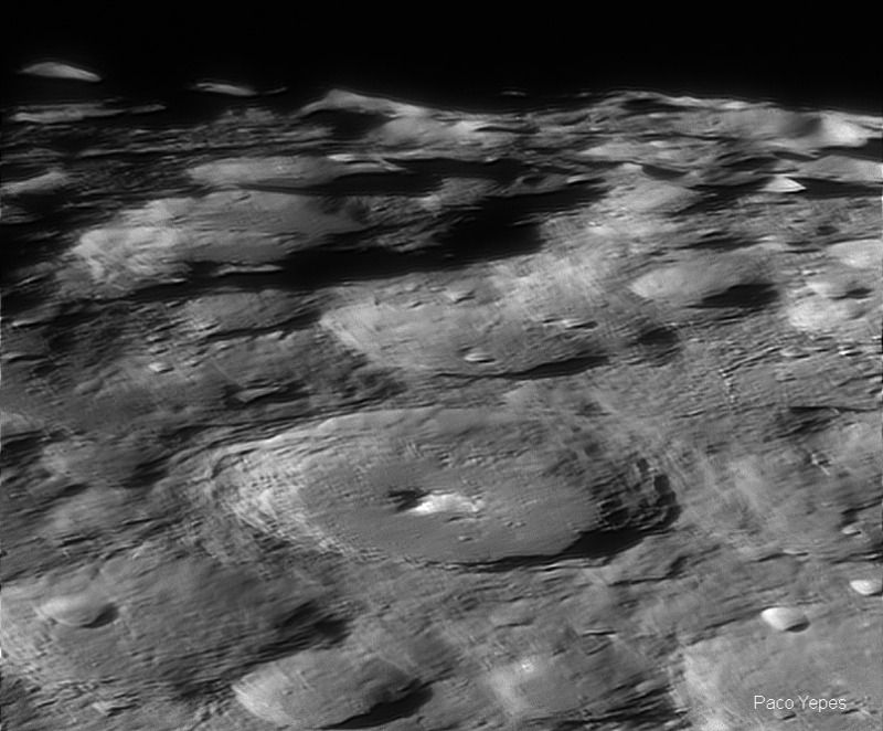 Moon_270318_ZWOASI174MM_202924_R22_PYHDN_2018-04-09.jpg